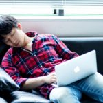サラリーマン必見!ブログ更新時に眠くなった時の対策